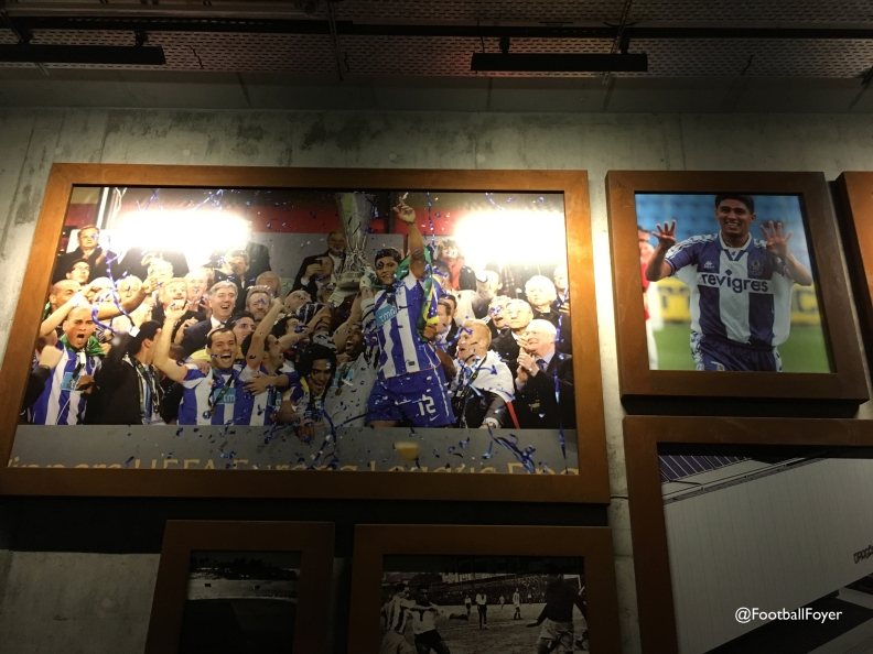 football_foyer_estadio_do_dragao