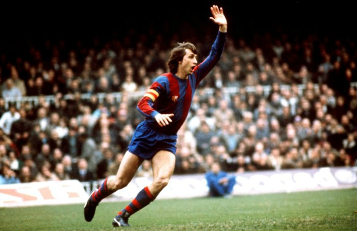 johan-cruyff-as-fc-barcelona-captain